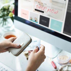 Varno nakupovanje na spletu in varstvo osebnih podatkov